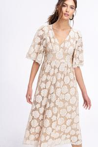 edad4dee558 LAShowroom.com − Wholesale Fashion Clothing Marketplace