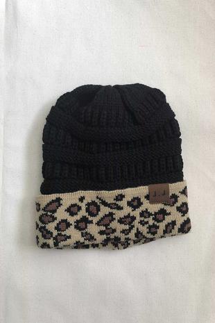 HAT-001