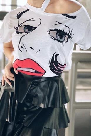 eyes blouse